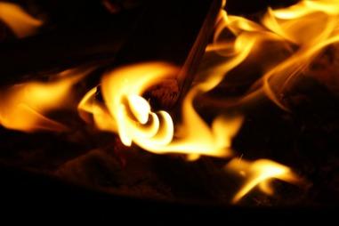 fire-836635_960_720
